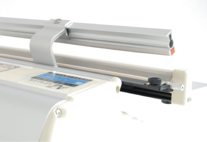 200S, 300S type: Heating element and pre-wound teflon sheet are  mounted on lower side.