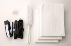 <<配套内容>><br /> 接收器(尿液接收器)<br /> 导尿管 1.5m<br /> 尿液收集罐 2.8 升<br /> 尿液收集罐盖<br /> 专用固定带<br /> 防回流膜<br /> 一次性吸水片<br /> 清洁刷