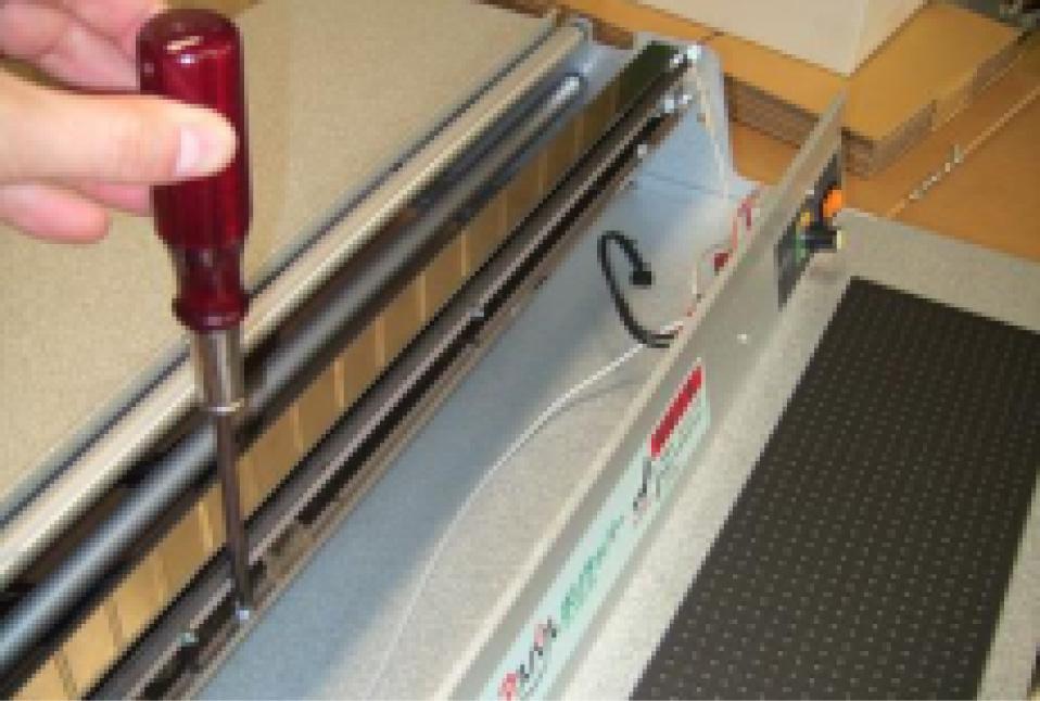 仅使用一把螺丝刀就可以轻松更换所有零件。 所有电气部件均通过连接器插头组装。